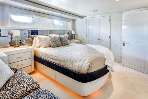 2001 Westship 132'  INVISION | Picture 5 of 53