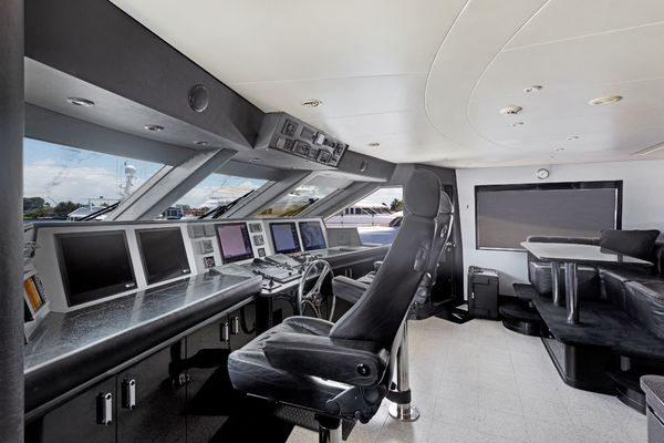 2001 Westship 132'  INVISION | Picture 8 of 53
