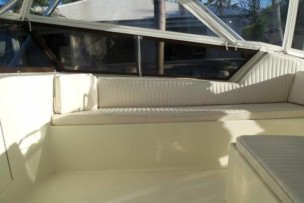 1985Hatteras 52 ft 52C   Big Eyes