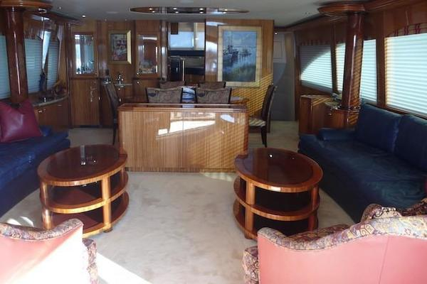 2005 Hatteras 80' Sky Lounge Motor Yacht SECOND GENERATION | Picture 1 of 69