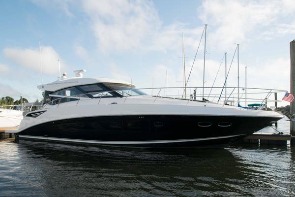 Picture Of: 47' Sea Ray Sundancer 2015 Yacht For Sale | 2 of 27