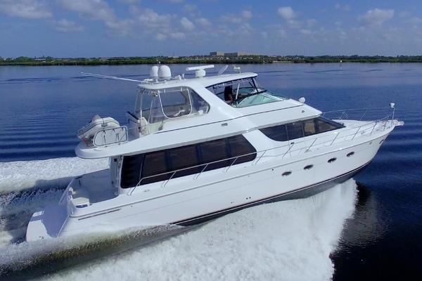 Picture Of: 58' Carver 57 Voyager Pilothouse 2004 Yacht For Sale | 4 of 86
