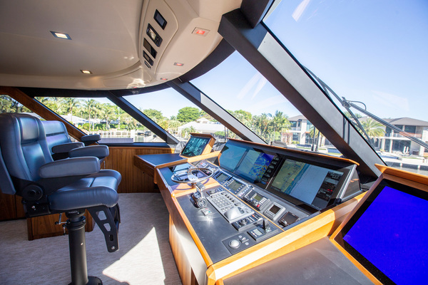 2016 Viking 92' 92 Enclosed Bridge Berry Patch | Picture 6 of 92