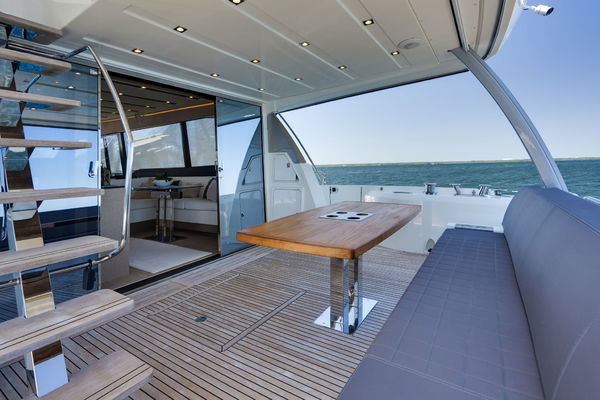 Picture Of: 68' Prestige 680 Flybridge 2018 Yacht For Sale   3 of 86