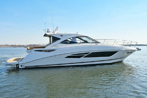 Picture Of: 51' Sea Ray 510 DA 2015 Yacht For Sale   1 of 43