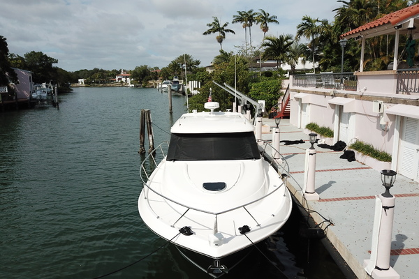 Picture Of: 40' Tiara 39 Coupe 2016 Yacht For Sale | 3 of 22