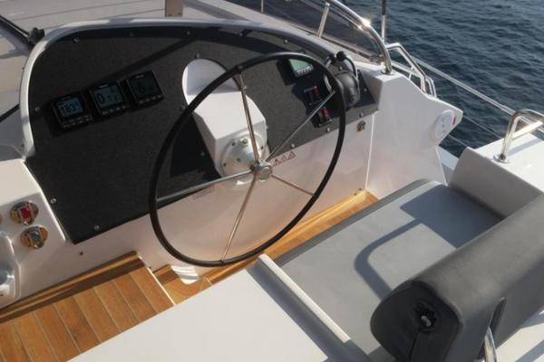 Picture Of: 64' Privilege 2017 Yacht For Sale | 4 of 19