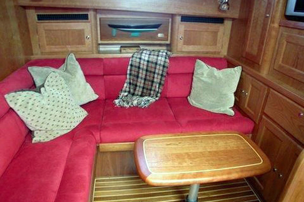 2005 Alden 49' 49 Express FREESIA II | Picture 4 of 32