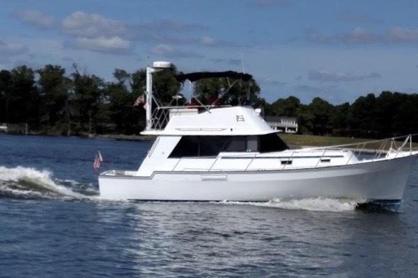 34-ft-Mainship-1983-34 MK III-Miss Lisa Ft. Pierce Florida United States  yacht for sale