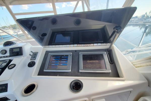 1996 Ocean Yachts 48' 48 Supersport Convertible Team Sandman | Picture 8 of 80