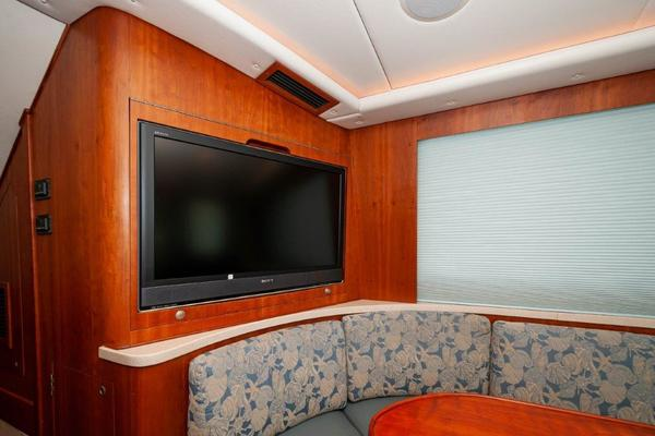 Picture Of: 57' Gillman 57 Enclosed Bridge 2007 Yacht For Sale | 4 of 41