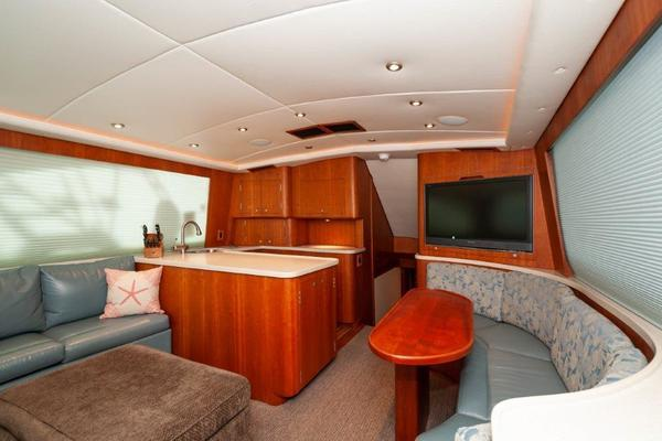 Picture Of: 57' Gillman 57 Enclosed Bridge 2007 Yacht For Sale | 3 of 41
