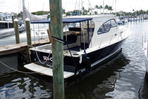 34-ft-Mainship-2005-Pilot 34 Sedan Hardtop RR-Sea Chelle Punta Gorda Florida United States  yacht for sale