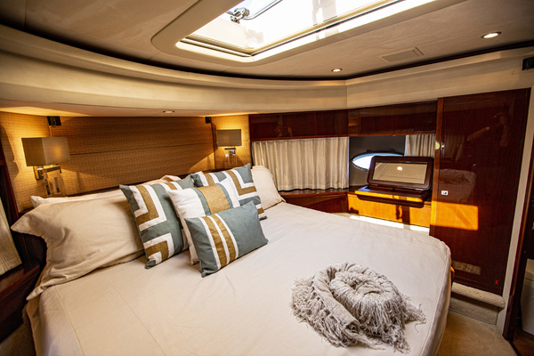 Picture Of: 85' Viking Princess V85 2009 Yacht For Sale | 4 of 86