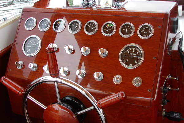 1957 Chris-Craft 33' 33 Futura Black Beauty | Picture 2 of 32