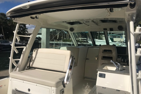 2018 Boston Whaler 34' 345 Conquest 345 Conquest | Picture 4 of 24