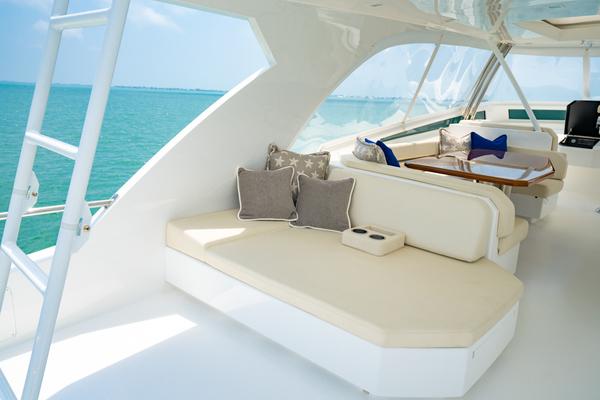 Viking 82CPMY Make It Happen  Sun Lounge