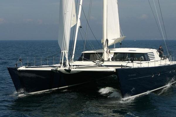 84' Jfa Catamaran 2004 | Azizam