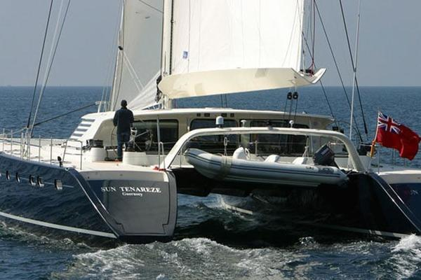 Picture Of: 84' JFA Catamaran 2004 Yacht For Sale | 3 of 28