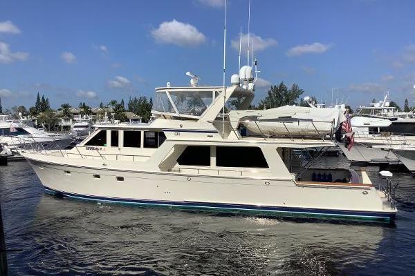 Picture Of: 62' Offshore Yachts 62 Pilot House 2001 Yacht For Sale | 3 of 31