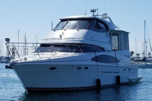 Picture Of: 59' Carver 564 Cockpit 2001 Yacht For Sale | 1 of 50