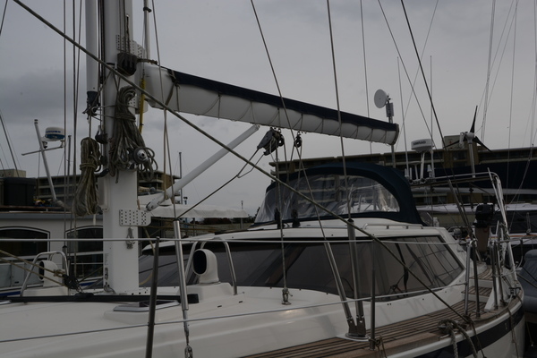 Picture Of: 43' Wauquiez 43 Pilot Saloon 2001 Yacht For Sale | 2 of 27