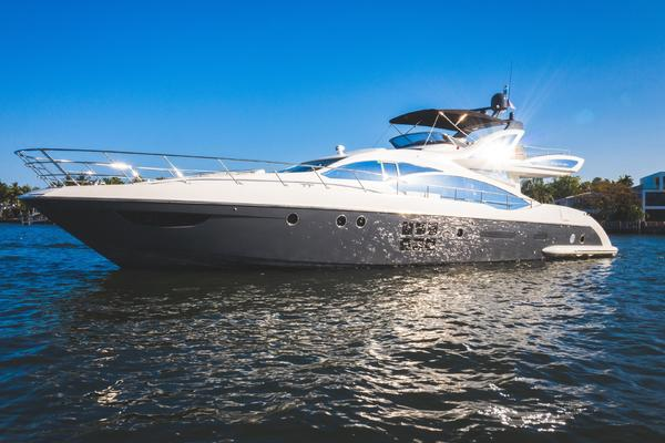 Picture Of: 72' Azimut Azimut 72S 2013 Yacht For Sale | 3 of 50