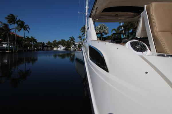 2016 Sea Ray 35' 350 SLX 350 SLX | Picture 4 of 29