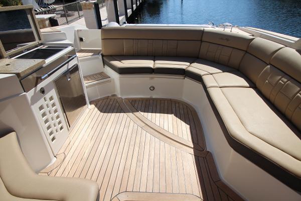 2016 Sea Ray 35' 350 SLX 350 SLX | Picture 7 of 29