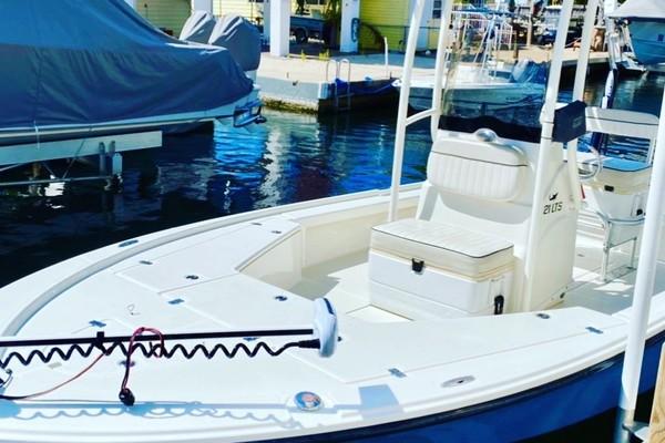 21-ft-Mako-2016-- Miami Lakes Florida United States  yacht for sale