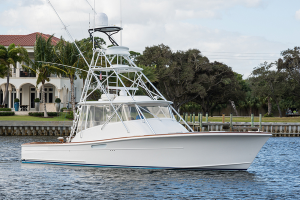 46' Release One-of-a-kind Custom Express 2014 | Gladiator