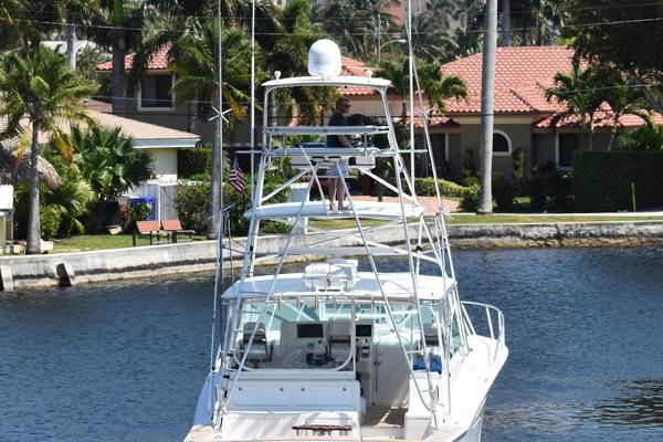 Picture Of: 45' Cabo Express 2000 Yacht For Sale | 3 of 33
