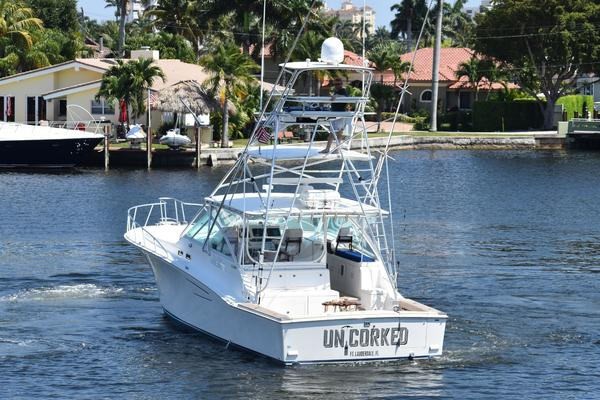 Picture Of: 45' Cabo Express 2000 Yacht For Sale | 4 of 33