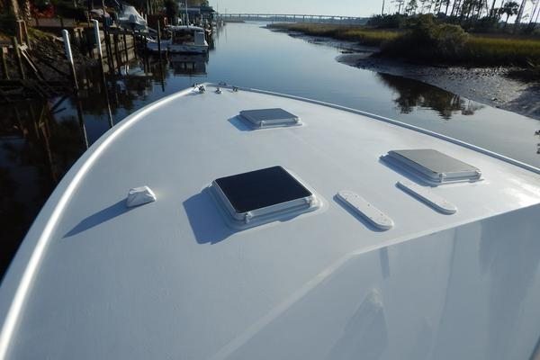 Picture Of: 48' Whiticar Custom Sportfish 2004 Yacht For Sale | 4 of 55