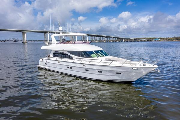 2006 Horizon 62' E62 Lady G | Picture 3 of 48