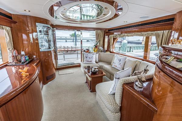 2006 Horizon 62' E62 Lady G | Picture 6 of 48