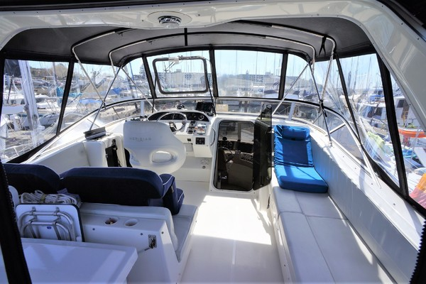 2006 Meridian 49' 490 Pilothouse At Last | Picture 2 of 37