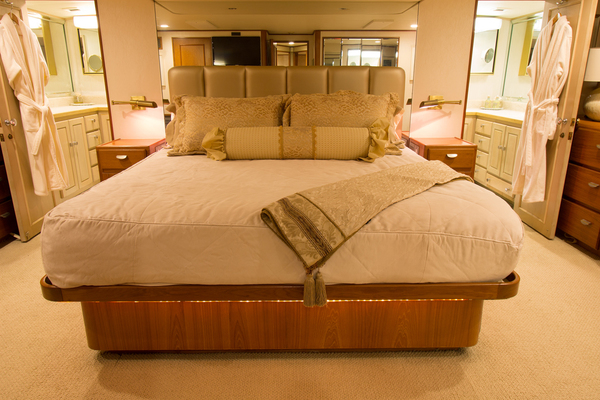 1988 Broward 97' Pilothouse GOLDEN RULE | Picture 5 of 29