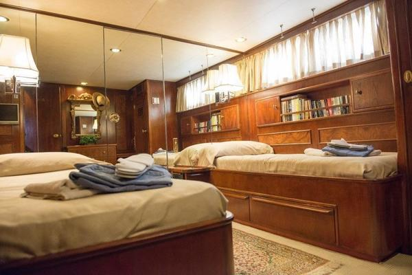 1970 Feadship 108'  Lady Andrea | Picture 8 of 84