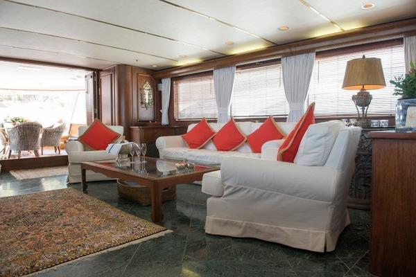 1970 Feadship 108'  Lady Andrea | Picture 6 of 84