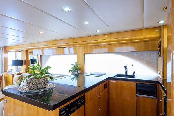 1996 Queenship 61' Pilothouse Motor Yacht UNBRIDLED | Picture 8 of 84