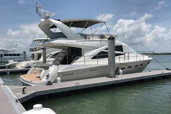50-ft-Sealine-2013-T50-CITY FLOTS Naples Florida United States  yacht for sale