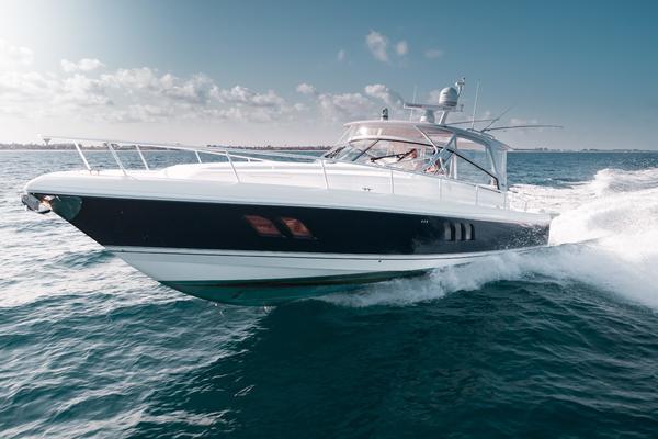 47' Intrepid 475 Sport Yacht Repowered 2010 | Seek & Enjoy