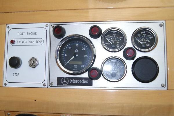 1999 Jefferson 53' International 5300 Carolinn | Picture 7 of 118