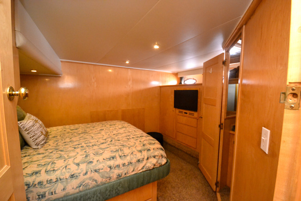 1998 Navigator 53' 5300 Pilothouse Mary Ann | Picture 2 of 80