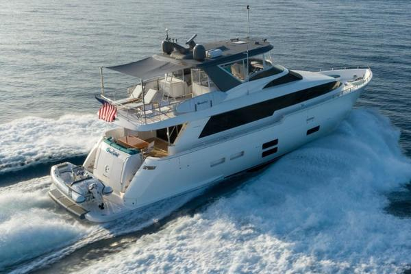 2017 Hatteras 75'  Grateful | Picture 2 of 89