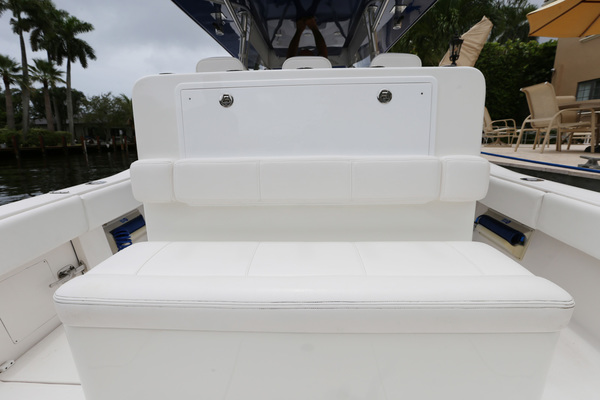 2013 Invincible 42' 42 CC w/SeaKeeper Tender | Picture 2 of 41
