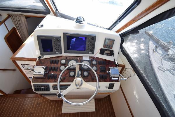 2005 Judge 42' 42XC Convertible Wicked Tuna | Picture 8 of 33