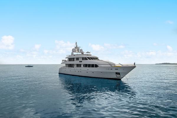 131' Trident Tri-deck Motor Yacht 1999 | M4