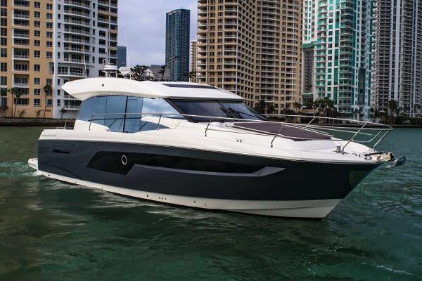 52' Prestige 520s 2020 |